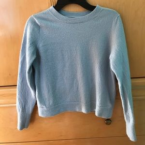 Long sleeves blue sweater